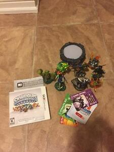 Skylanders set up and 8 characters and cards