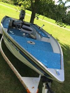 Boat with 25hp Johnson outboard motor London Ontario image 7