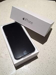 iPhone 6 128GB Unlocked + Box + Accessories+ Otterbox MINT  Peterborough Peterborough Area image 1