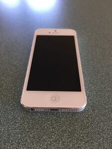 iPhone 5 Silver 64GB Greenslopes Brisbane South West Preview