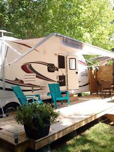 "KEYSTONE LAREDO ULTRA LITE ""FAMILY"" TRAILER"