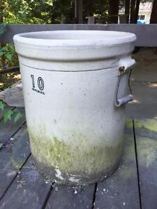 1920's - 1940's 10 gallon crock pot
