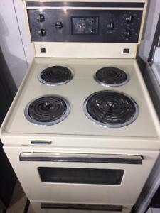 Stove | Buy or Sell Home Appliances in London | Kijiji Classifieds