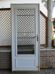 porte moustiquaire metal avec fenetre a guillotine sans cadrage