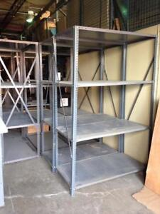 RACKING - DISPONIBLE - MEUBLES DE BUREAU GUIMOND