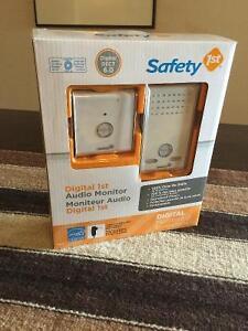 Safety 1st Digital Audio Baby Monitor