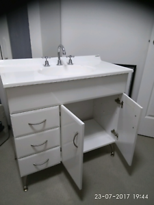 Vanity and taps South Hurstville Kogarah Area Preview