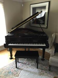 Baby Grand Piano, Young Chang, 6'1 size, LIKE NEW Windsor Region Ontario image 4