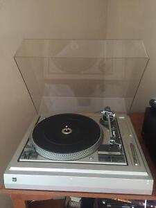 Dual 1258 turntable - vintage record player