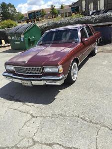 1990 Caprice classic in great condition!