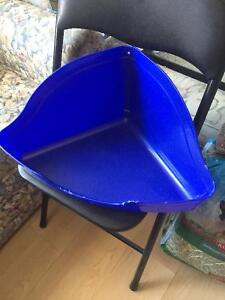 Large Bunny Litter Box Stratford Kitchener Area image 1