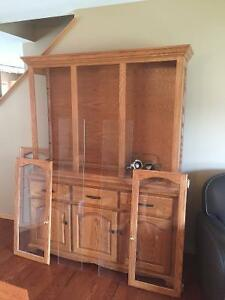 Solid Wood 2 piece Hutch - beautiful condition