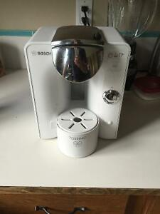 Tassimo T55 coffee maker hardly used