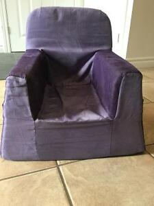 P'kolino toddler foam chairs and fold-out sofa. Kitchener / Waterloo Kitchener Area image 4