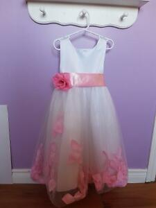 New- Flower dress Size 4