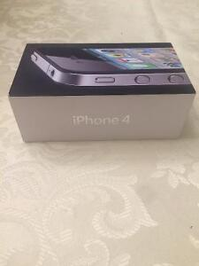 Used in good condition iPhone 4 Black 8gb Fido