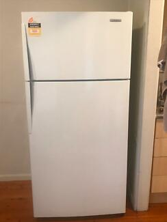 520L fridge freezer