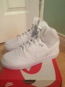 Chaussure Nike blanche 6.5 femme