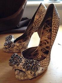 Snake effect leather jewel studs peep shoes heels size 5uk Sam Edelman new £220