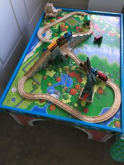 Thomas Tank Table and track