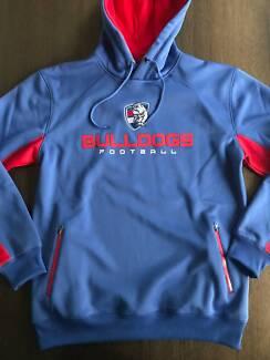 AFL Western Bulldogs hoodie sweatshirt jumper BNWOT