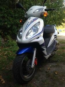 50cc Scooter, Runs Great, Save Some $ on Gas
