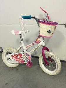 "Girls Pixie Dust 12"" bike"