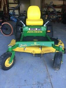 John Deere Z445 EZTrak Lawnmower Stratford Kitchener Area image 1