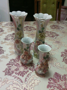 Lovely vases Kirwan Townsville Surrounds Preview