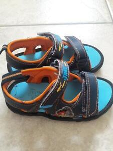 SLIPPER/SANDALS/BOOTS/SHOES FOR TODDLER SIZE8-9 Kitchener / Waterloo Kitchener Area image 5