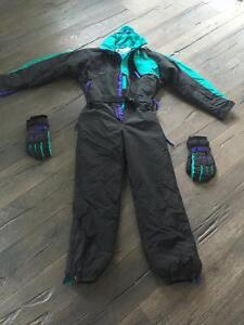 Columbia Ski/Skidoo suit with matching gloves & duffle bag