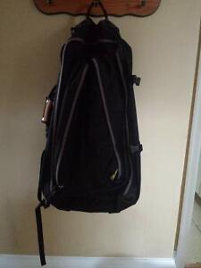 Outbound Large Black Backpack with Zip-off Day Backpack Kitchener / Waterloo Kitchener Area image 5