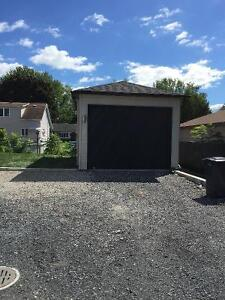 Garage 14x22 neuf à Chateauguay