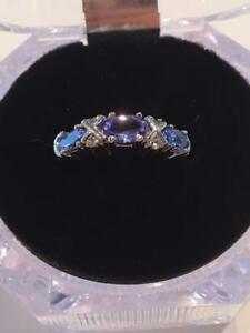 #1140 14K Tanzanite and Diamonds  size 7 3/4!