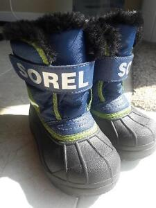 SLIPPER/SANDALS/BOOTS/SHOES FOR TODDLER SIZE8-9 Kitchener / Waterloo Kitchener Area image 10