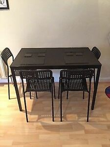 Table+4Chairs IKEA-50$ GOOD CONDITION
