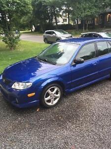 2002 Mazda Protegé 5 Bleu automatique 188km Lévis