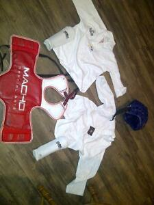 sparring gear - complete outfit (child size) Kitchener / Waterloo Kitchener Area image 2