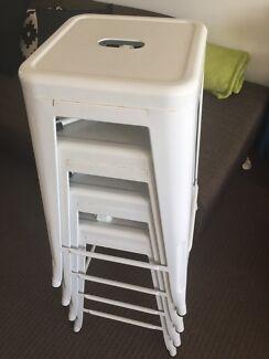 X4 white metal stools
