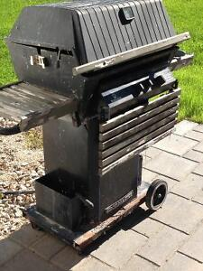 Broil Master Gas BBQ