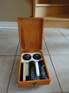 Brand new in box wooden shoe shine box kit footwear care kit London Ontario image 3