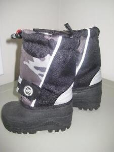 Children's Place Winter Boots Toddler Size 4 - Never Worn