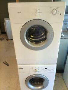 3- Whirlpool Minis 24''  Laveuse Secheuse Frontales Frontload Washer Dryer