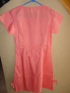 Women's Medical Professional scrub dress green peach yellow London Ontario image 5