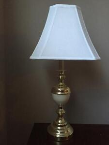 Set of 2 matching table lamps