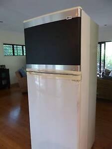 Lg gr side by side appliances gumtree australia free local lg fridge freezer 432 litre blackboard foil reversible doors sciox Gallery