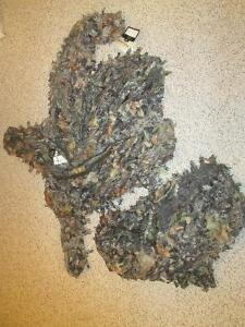 CAMOUFLAGE GHILLIE SUIT