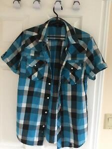 Like New Men's Short Sleeve Plaid Shirt Size M London Ontario image 1