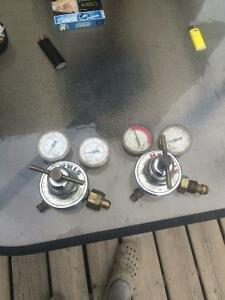 Harris torch gauges