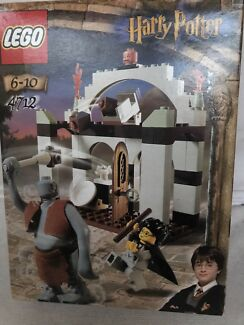 Lego Harry Potter 4712 - Troll on the Loose